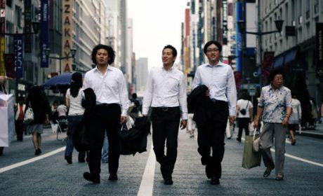 """Bạn biết gì về """"Uchi"""" và """"Soto"""" trong môi trường việc làm công ty Nhật Bản"""