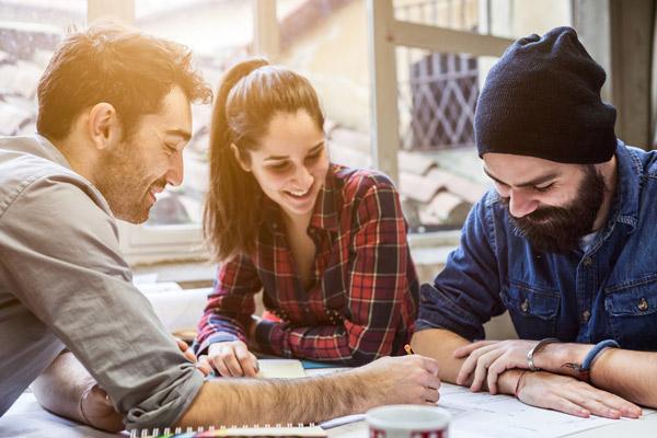 Các công việc thu hút giới trẻ