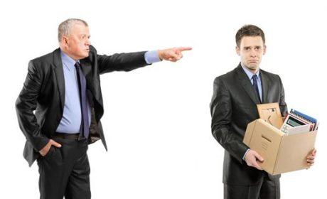 Hãy cẩn thận để tránh bị đuổi việc một cách ngớ ngẩn
