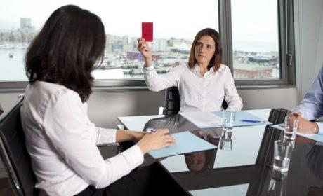 """Nguyên nhân nào mà nhà tuyển dụng từ chối ứng viên """"quá giỏi""""?"""