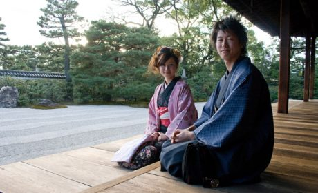 Làm việc vất vả. Sao không tìm đến dịch vụ thuê bạn gái ở Nhật ?