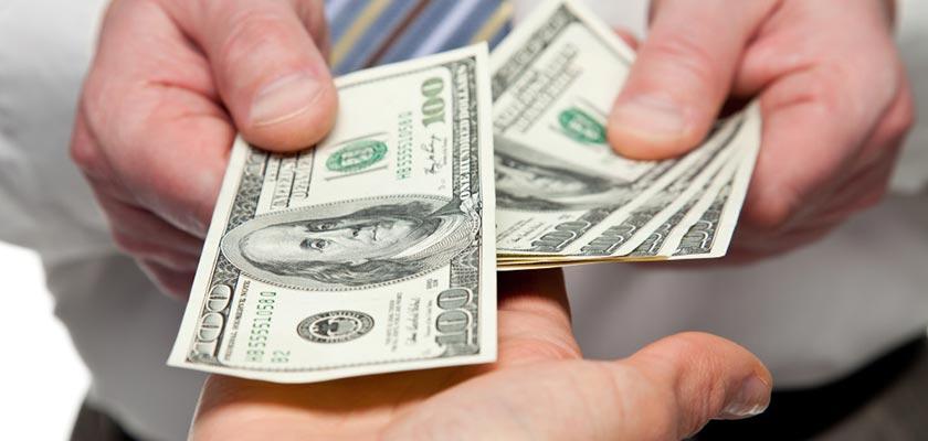 Người lao động có mức lương 10.3 triệu/tháng tại tpHCM