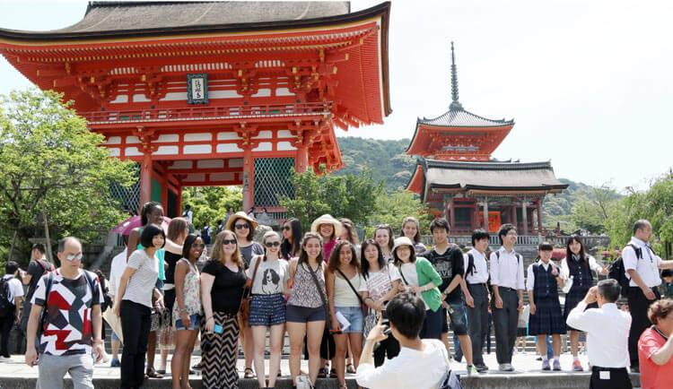 Đi du lịch Nhật Bản cần những gì