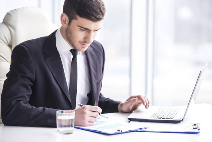 Làm thế nào trở thành một quản lý văn phòng giỏi