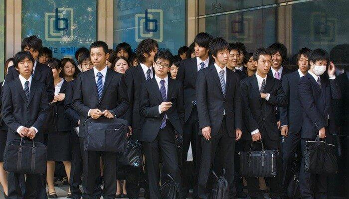 Lí do nên chọn làm việc tại Nhật bản