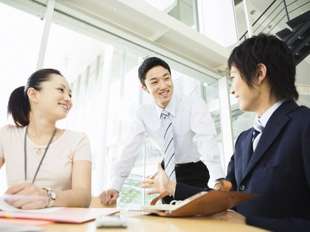 Cách để thoải mái trong môi trường công sở nghiêm khắc tại Nhật