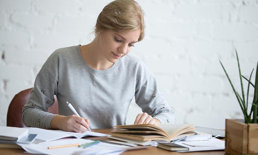 5 bước để trở thành một phiên dịch viên chuyên nghiệp